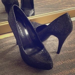 Shoes - Black Sparkly Heels